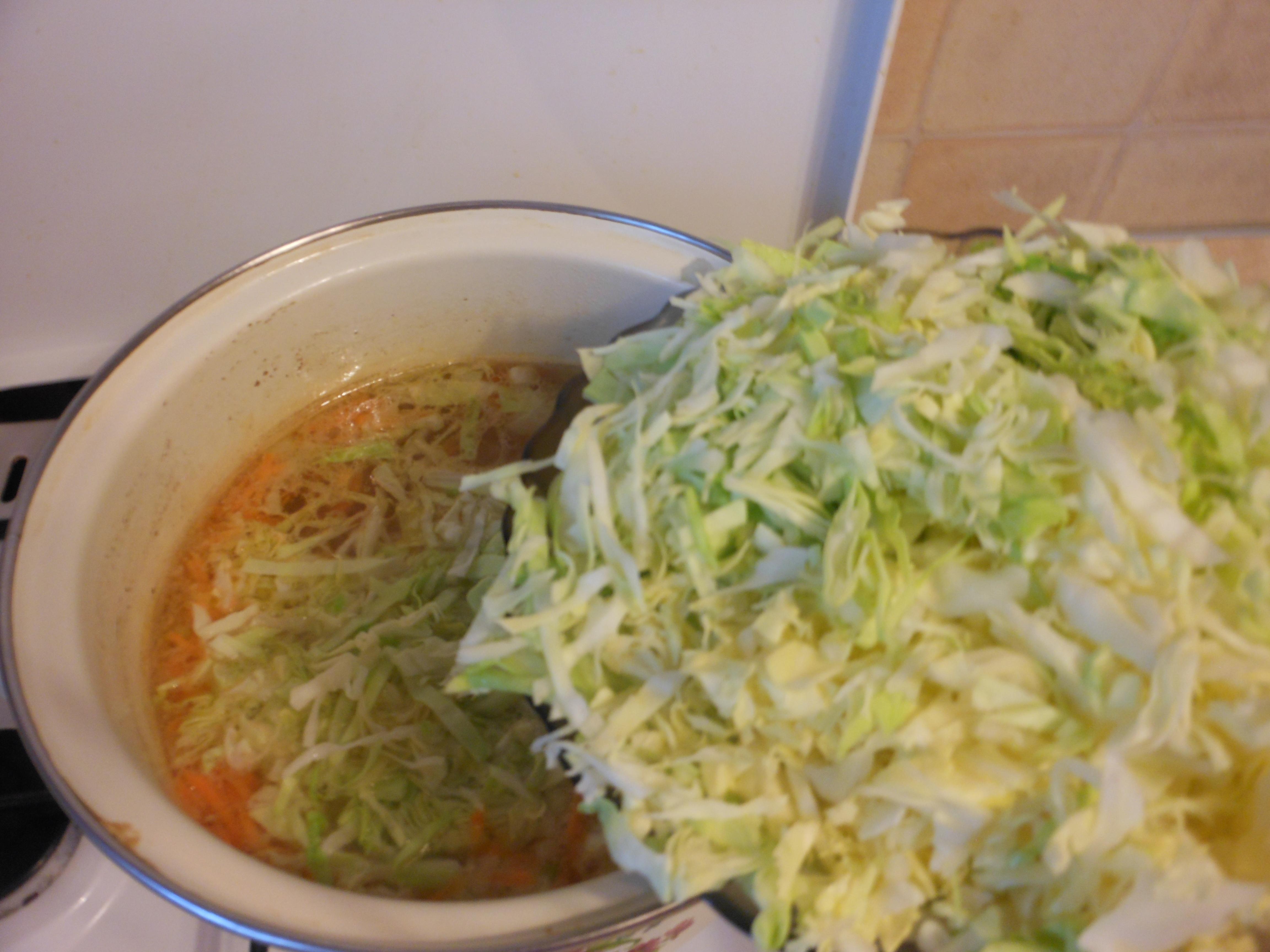 Рецепт щей из свежей капусты в мультиварке с говядиной