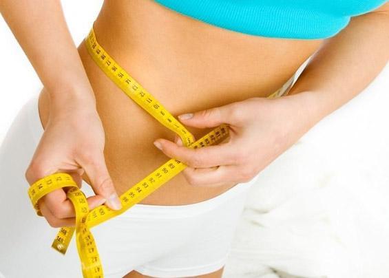 Упражнения для похудения живота и боков у стенки