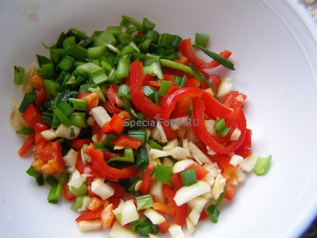 Зелень, болгарский перец