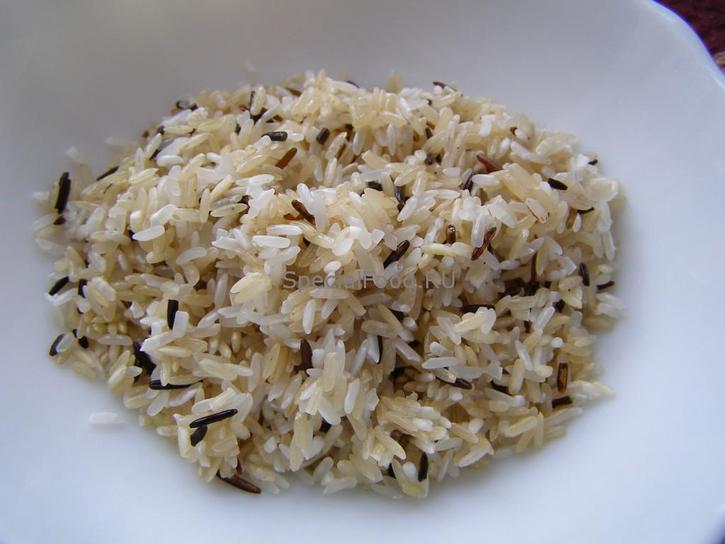 Сольём воду с риса