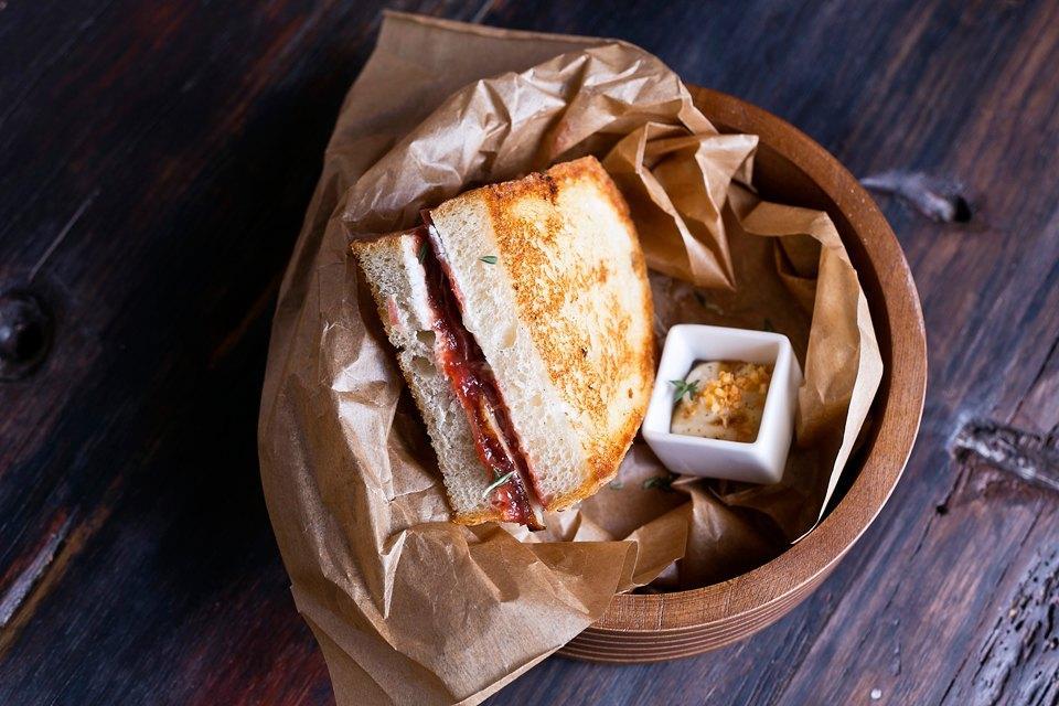 Крафтовый сендвич
