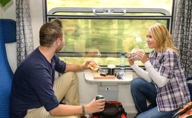 Еда в поезд