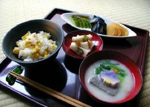 Обед в японской системе питания