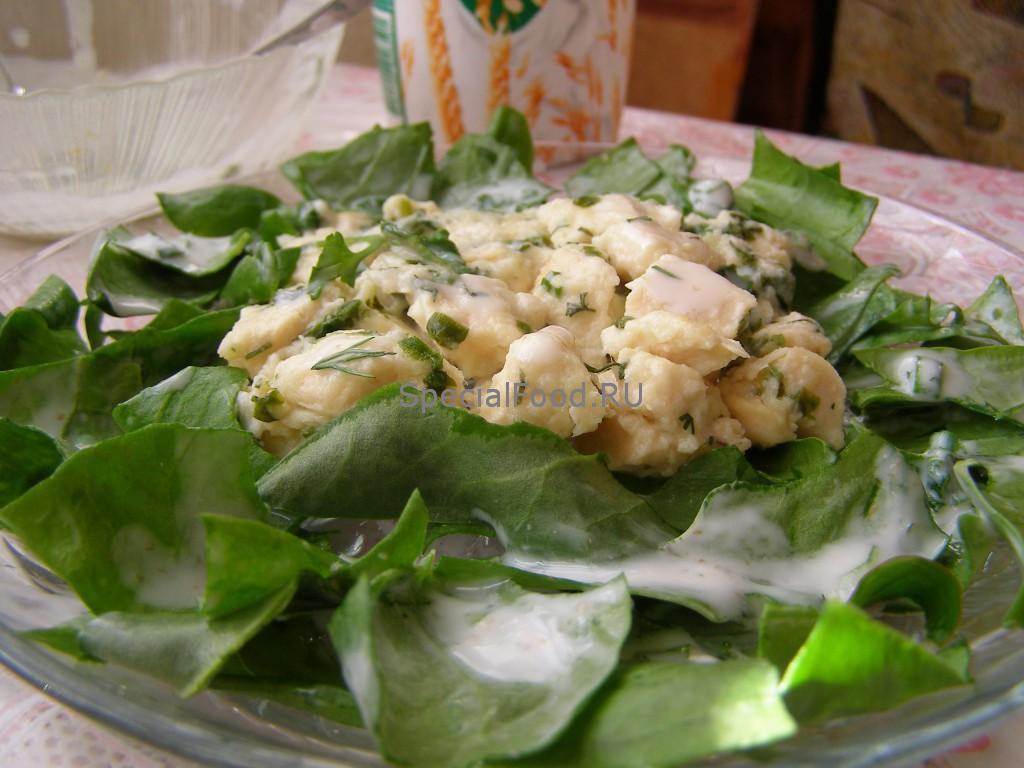 Куриная грудка в творожном соусе со шпинатом