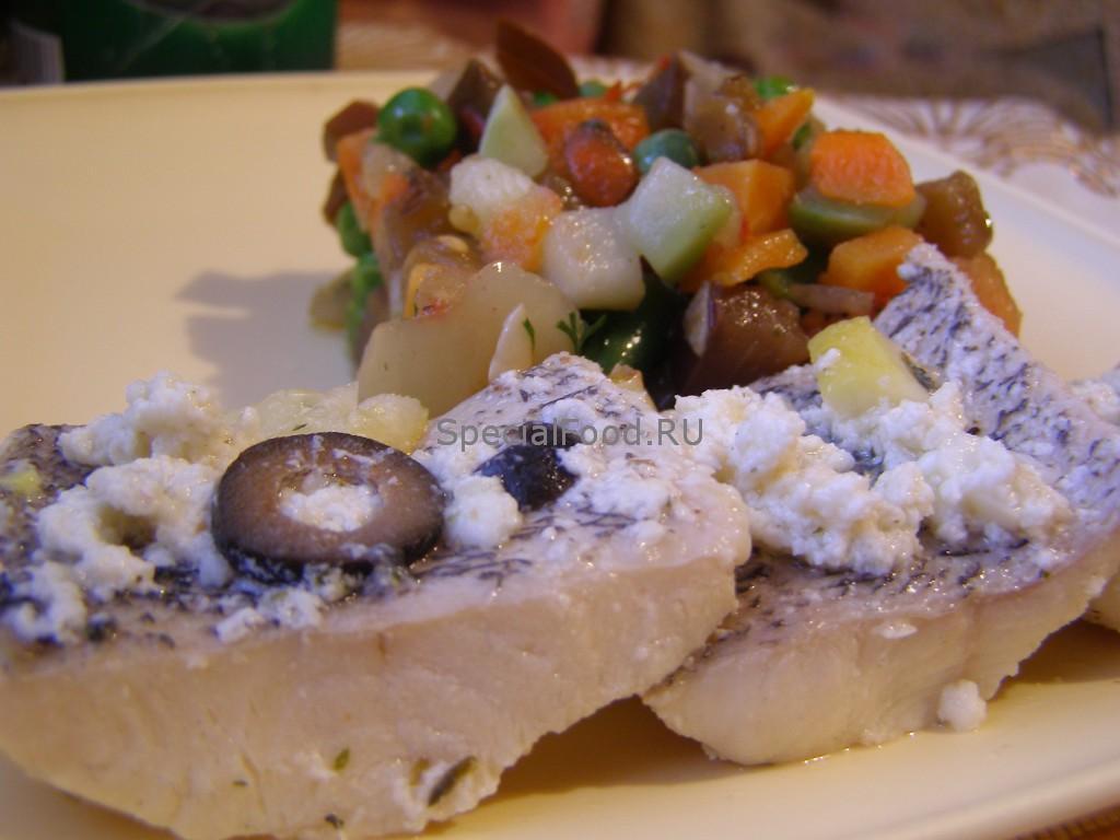 Рыба в молочно-творожном соусе с овощами