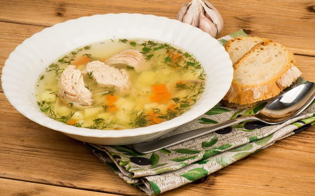 Суп с хлебом