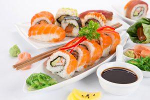 Как подать суши и роллы1